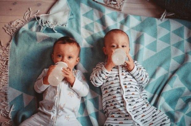 Glückwünsche zur Geburt Zwillinge