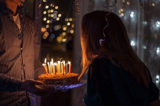 Kurze Geburtstagswünsche für Frauen