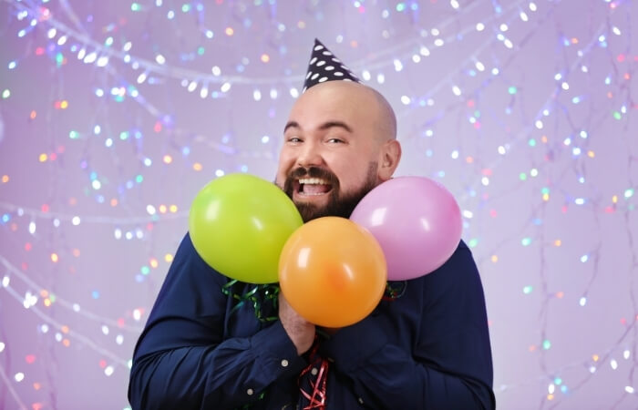Lustige Texte für Geburtstagseinladungen