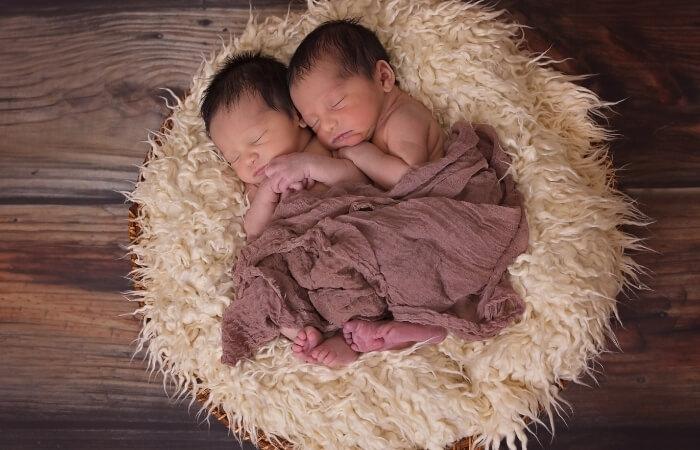 Sprüche zur Geburt von Zwillingen