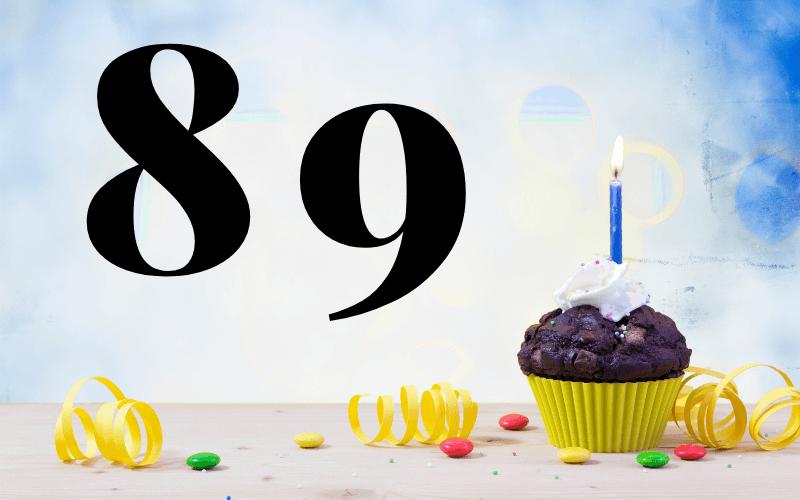 Glückwünsche zum 89. Geburtstag